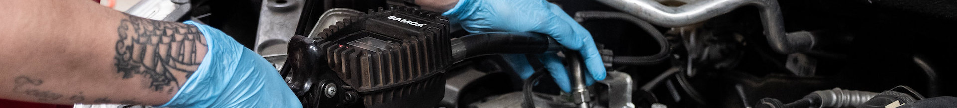 https://autotechrecruit.co.uk/wp-content/uploads/2019/07/Autotech-Recruit-Technicial-repairing-car.jpg